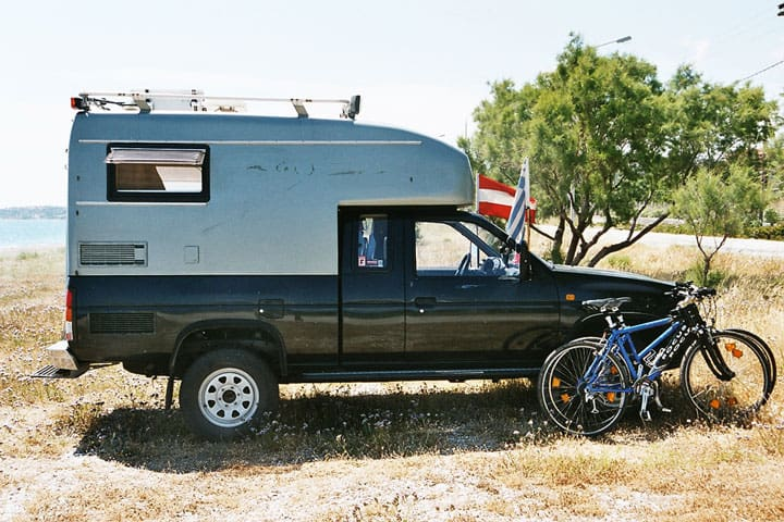 truck with camper shell