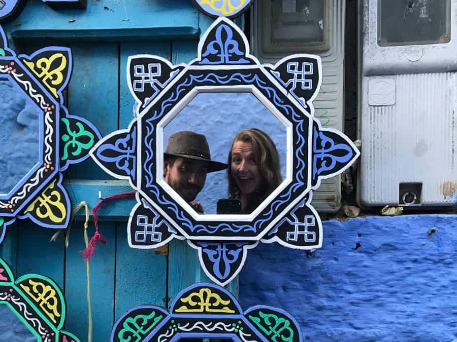 couple traveling through morocco